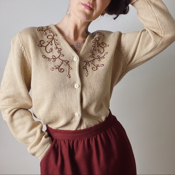 Vintage beige embroidered floral ramiecotton cardigan,knit jacket.size l